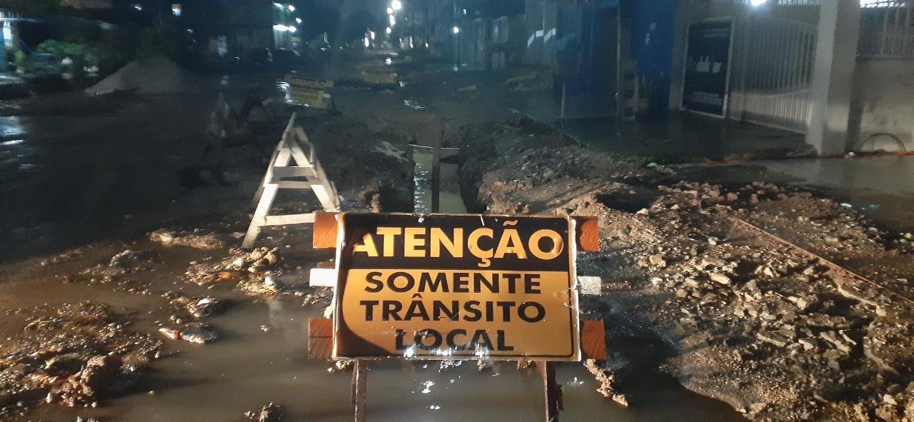 Av. Cora de Carvalho em obras. Foto: Laura Machado