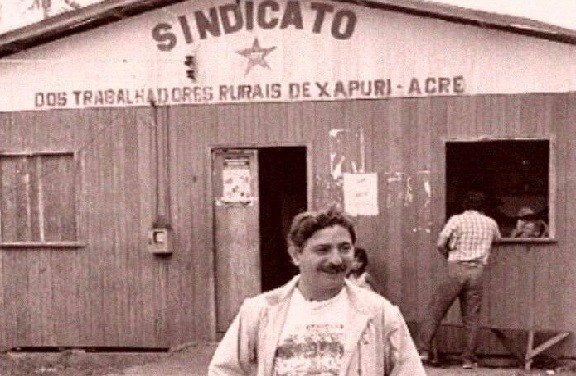 """Chico Mendes: """"eu tenho certeza, a floresta em pé vale mais que a derrubada"""""""