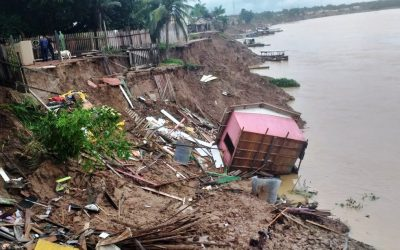 """Desmatamento acelera fenômeno """"terras caídas"""", prejudicando ribeirinhos no Amazonas"""